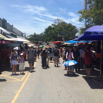 タイで買い付けに来たチャトチャックマーケット