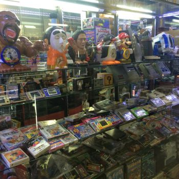 古いゲームが仕入れられるタイのお店