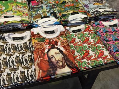 タイ仕入れで1番いいんじゃないかと思ってるTシャツ